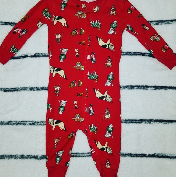 Old navy 6-12 months christmas pjs 13b4e7051